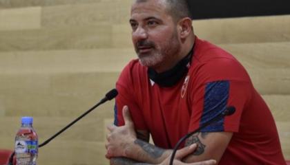 贝尔格莱德红星主帅斯坦科维奇:我们要保持耐心,比赛胜负取决于自己