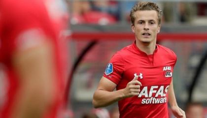 阿尔克马尔官方:俱乐部已与荷兰后卫贝格斯玛解约,球员将自行离队