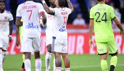 早报:德佩造四球!里昂4-1逆转第戎;荷乙坎布尔2-0奈梅亨取开门红