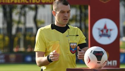 柳比莫夫将执法辛尼克对阵哈巴罗夫斯克,近3个赛季执法辛尼克均保持不败