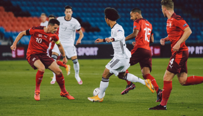 欧国联战报:德国1-1瑞士,京多安贴地斩破门