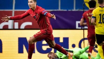 欧国联战报:C罗梅开二度任意球破门,葡萄牙2-0十人瑞典