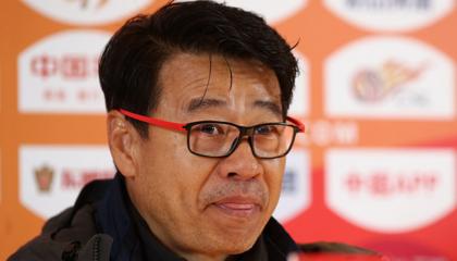 青岛黄海主帅吴金贵:人员方面确实存在困难,希望团结一心打好后面的比赛