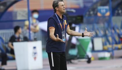 武汉卓尔主教练何塞:对阵重庆希望做到攻守平衡,马丁斯能否出场需视情况而定