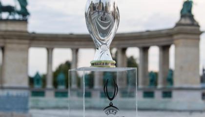 过去10年欧超杯8次欧冠冠军夺冠,塞维利亚连续3次参赛均无功而返