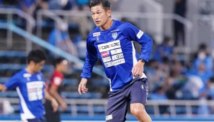 年龄相加134岁!横滨FC三名叔字辈或将同时首发