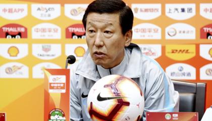 上海申花主教练崔康熙:球队的确存在困难,莫雷诺伤势不乐观