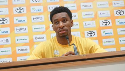大加那利球员斯坦·奥科耶:我认为我们首先需要改变比赛态度