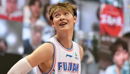 CBA战报:王哲林空砍32分18篮板,山西战胜福建
