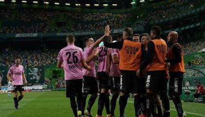热刺后卫本-戴维斯:欧联杯即将上演,我们期待以胜利开启这次旅程