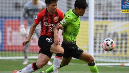 亚冠:上海上港小组第二出线,淘汰赛对阵神户胜利船