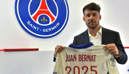 官方:巴黎圣日尔曼后卫贝尔纳特续约至2025年