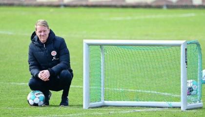圣保利主帅:维尔茨堡踢球者有机会保级,但别想从我们身上取分