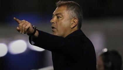 西部联官方:主教练马克·鲁丹离任