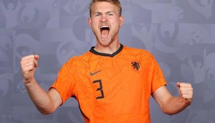 德利赫特将首发出战奥地利,增加高度防守对手2米高中锋