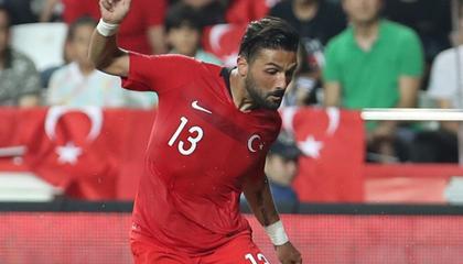 肌肉拉伤,土耳其主力左后卫梅拉什无缘生死战