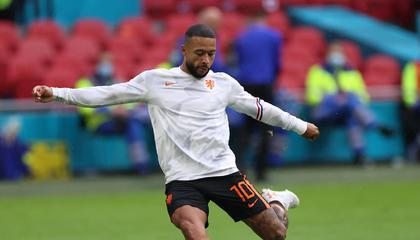 精彩的反击战!巴萨新援德佩破门,荷兰1-0领先北马其顿