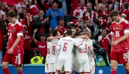 欧洲杯战报:丹麦4-1大胜俄罗斯,以小组第二的成绩晋级16强!