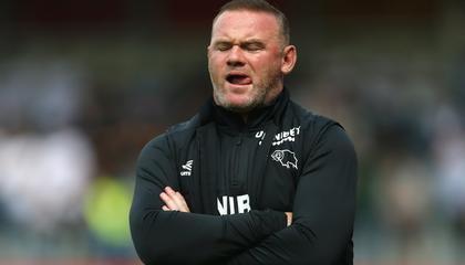电讯报:德比郡主帅鲁尼训练中铲伤自家球员,将接受俱乐部调查